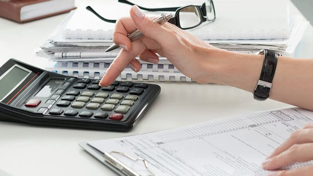 The Hidden Costs of Payroll and Bookkeeping